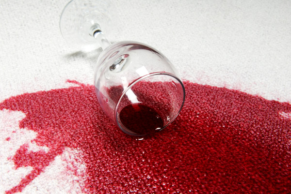 How to Remove Red Wine from the Carpet